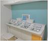 聴力測定とネブライザーを処置室内に一緒に配し、処置待合を共有しました。