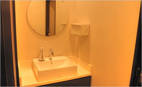 パウダールーム 当院では患者さんにとって大切なスペースと考えており、衛生面は特に重視しています。